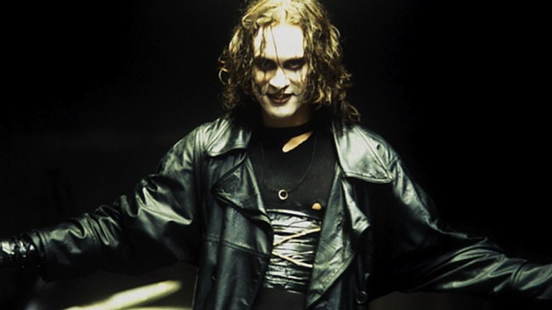 2016_01_the-crow-brandon-lee.jpg