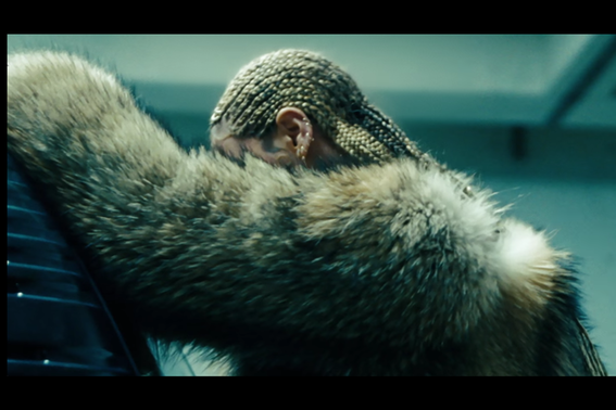 2016_04_bey.png