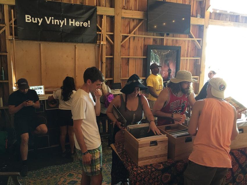 Vmp Pop Up Shop Amp Listening Lounge Bonnaroo 2017 Vinyl