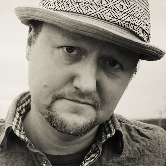 greg spradlin author pic