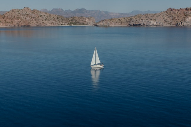 tennis sailing